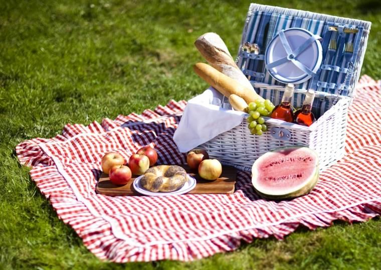picnic romántico césped