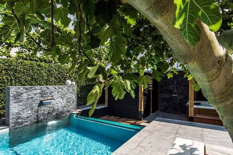 Piscinas peque as para terrazas y patios modernos - Piscinas pequenas para jardin ...
