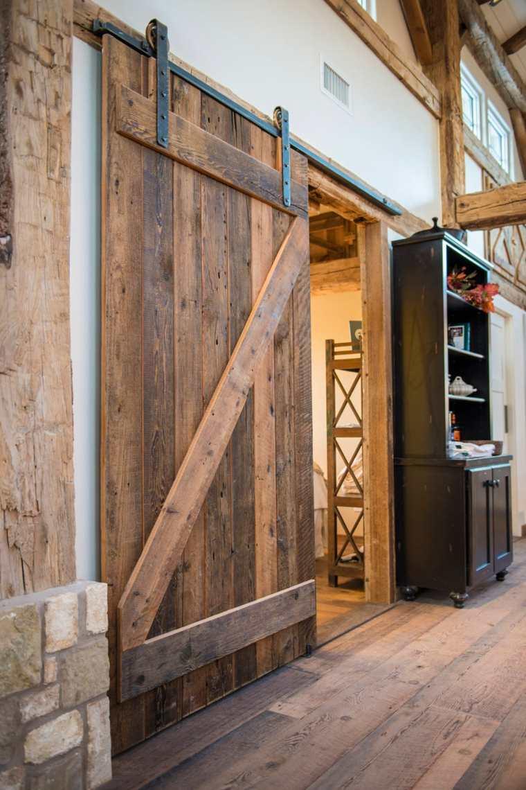 Puertas correderas de madera de estilo granero 42 ideas for Puertas correderas antiguas