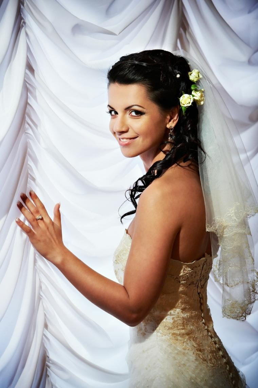 recogidos informales para bodas elegantes