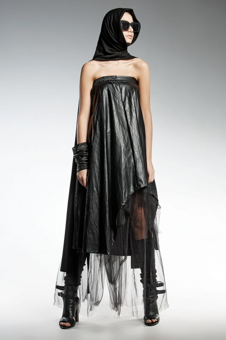 ropa de moda Pendari estilo vestido negro Diva ideas