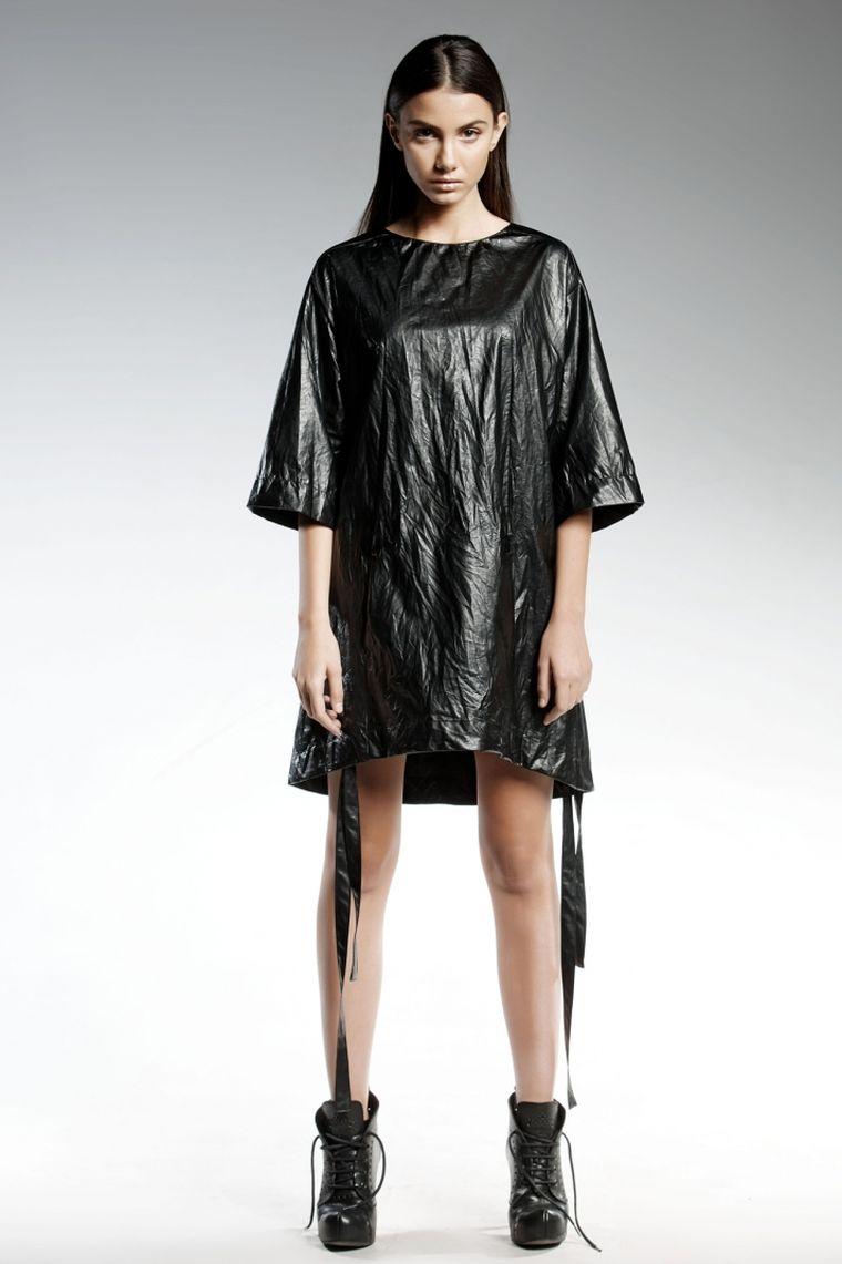 ropa de moda Pendari vestido negro corto shae ideas