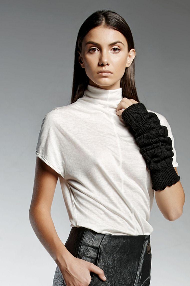 ropa-de-moda-marca-Pendari-top-manga-corta