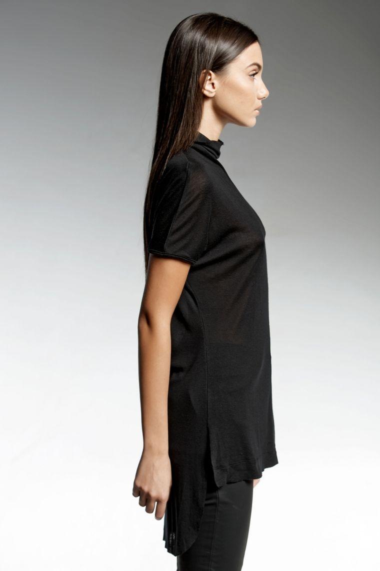 ropa de moda marca Pendari top negro largo estilo urbano naradriel ideas