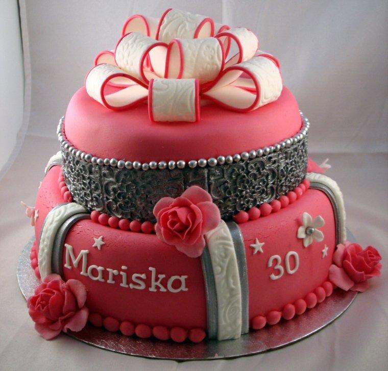 tartas de cumpleaños femenino elegante propuesta cintas