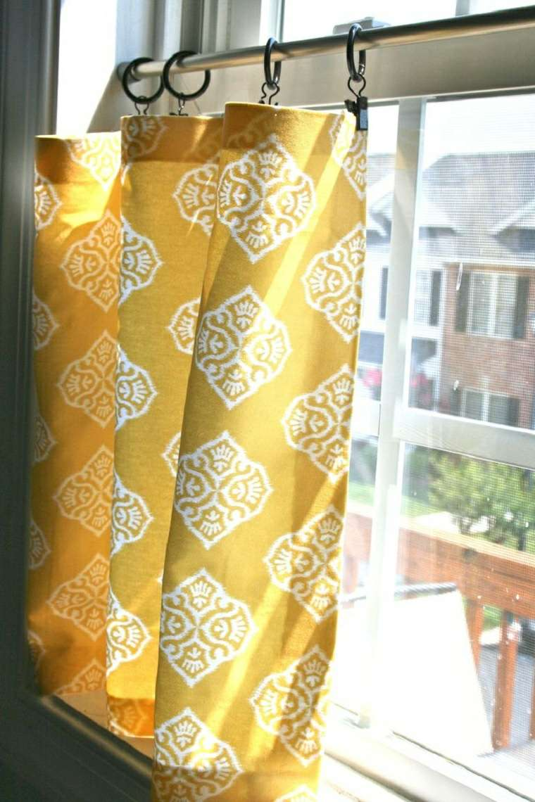 seccion baja ventanas colores amarillo duraderos