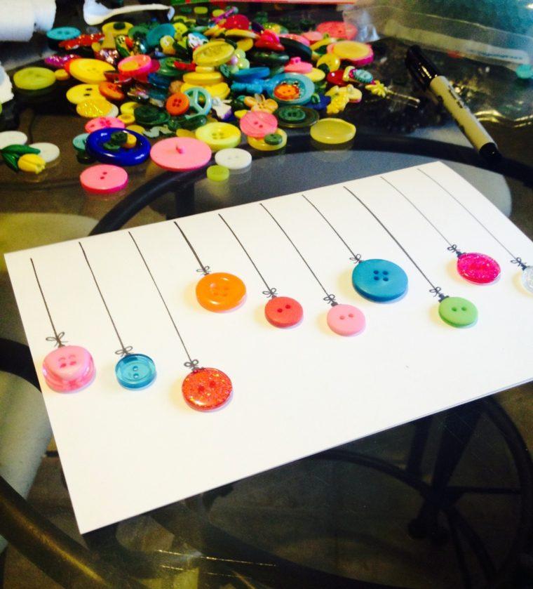 bonita tarjeta globos botones