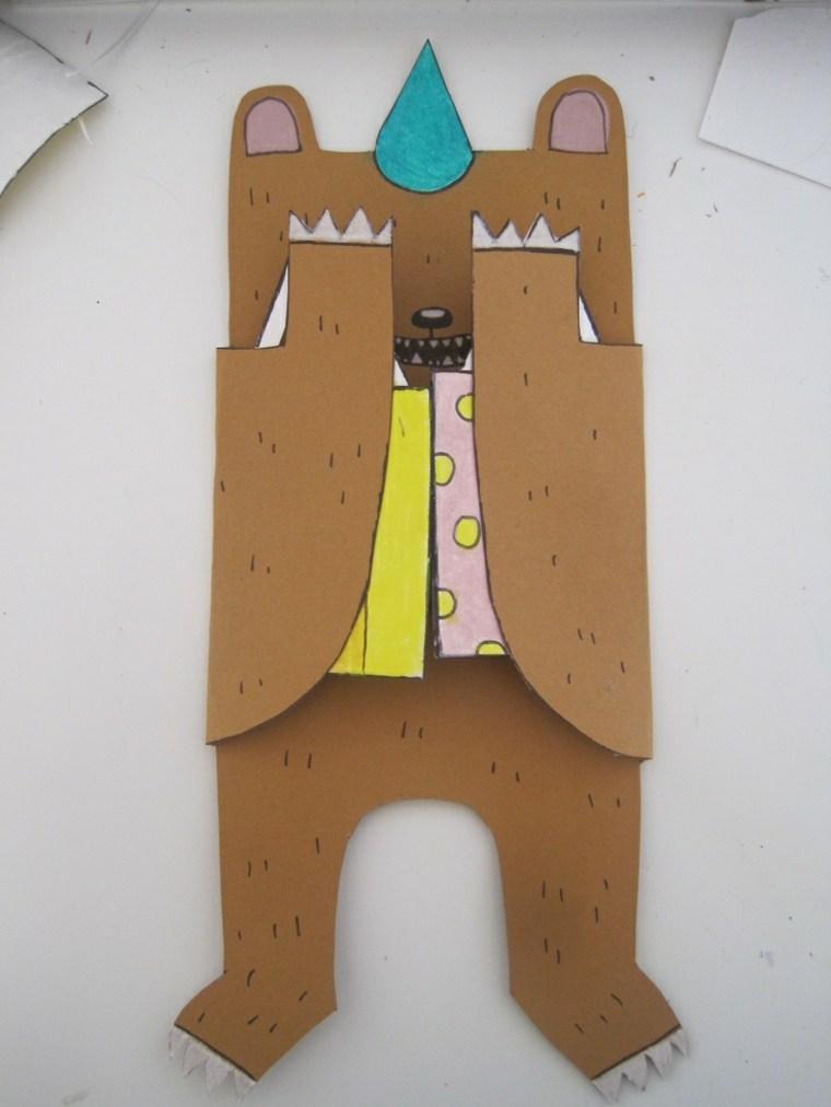tarjeta desplegable forma oso