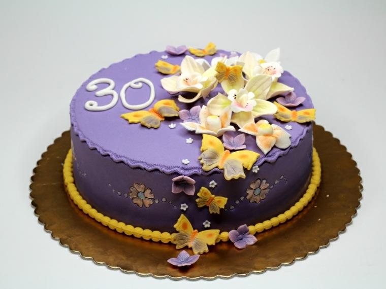 tartas de cumpleaños cintas flores combinaciones