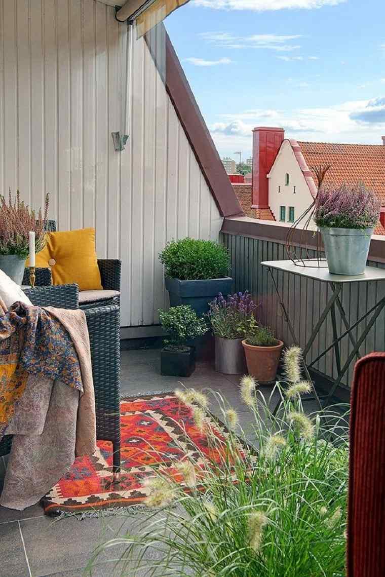 terraza pequeña estilo chill