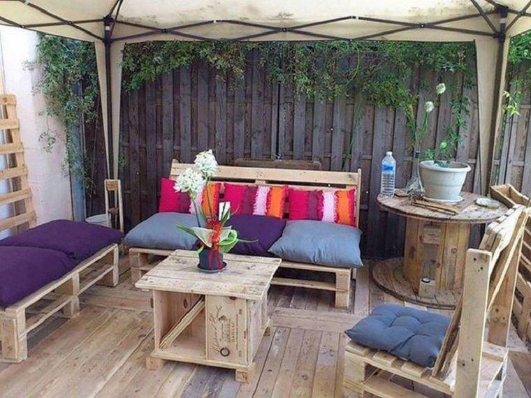 terrazas con palets m s ideas para la decoraci n de On confecciona tu salon de jardin en un palet