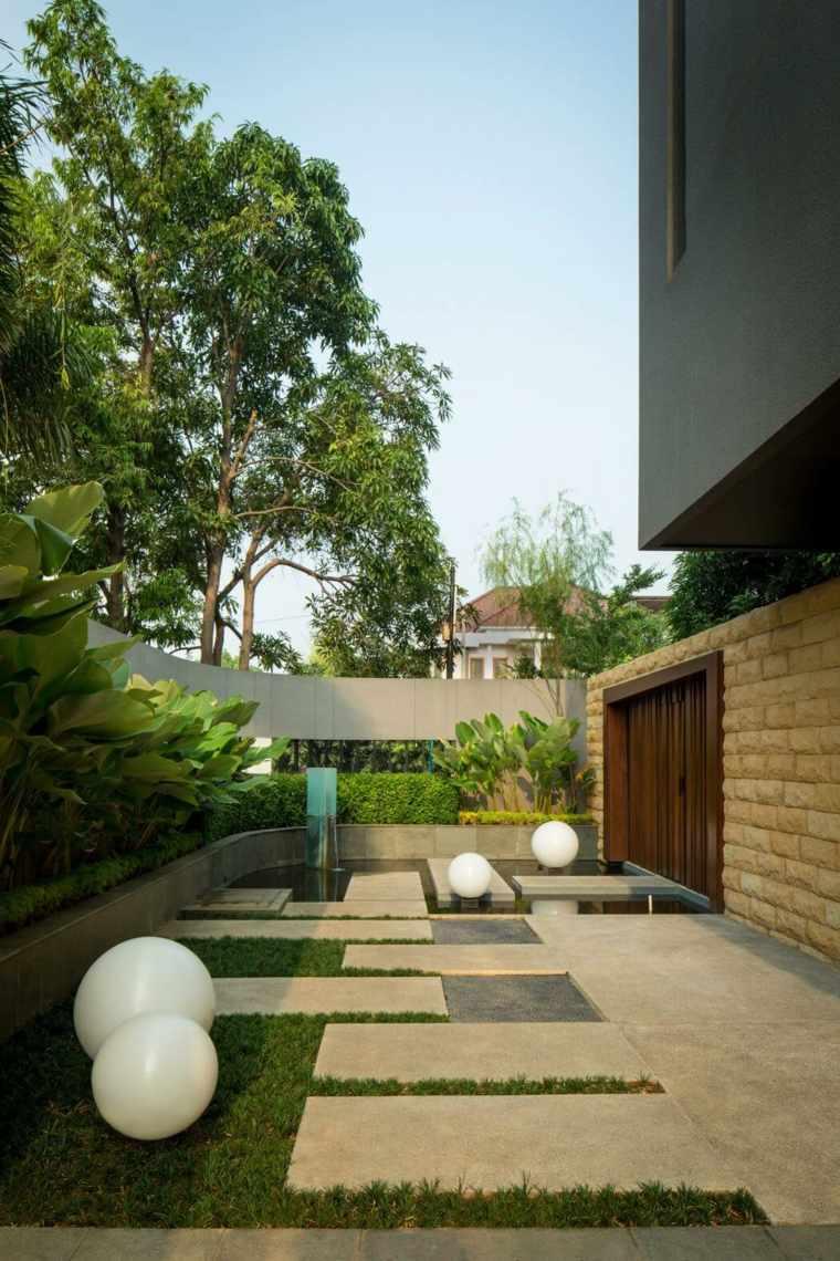 vallas metalicas madera hormigon piedra DP HS Architects diseno ideas