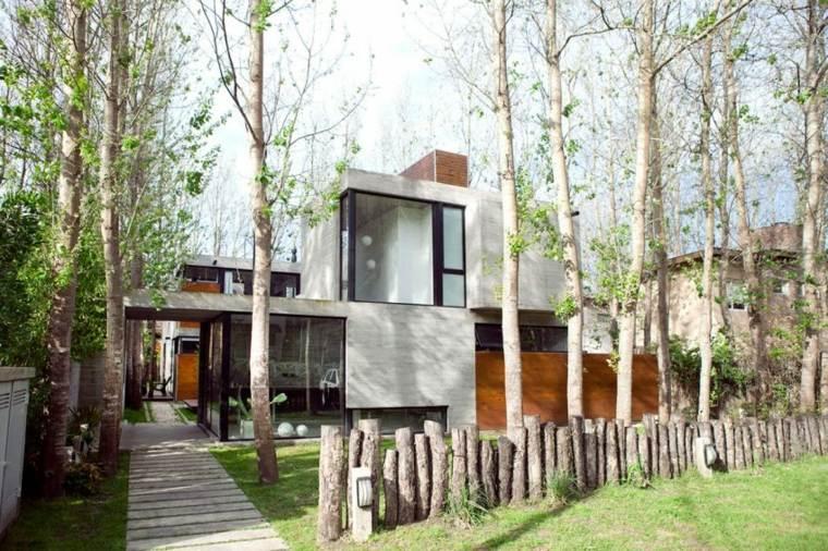 vallas metalicas madera hormigon piedra valla madera BAK Arquitectos ideas
