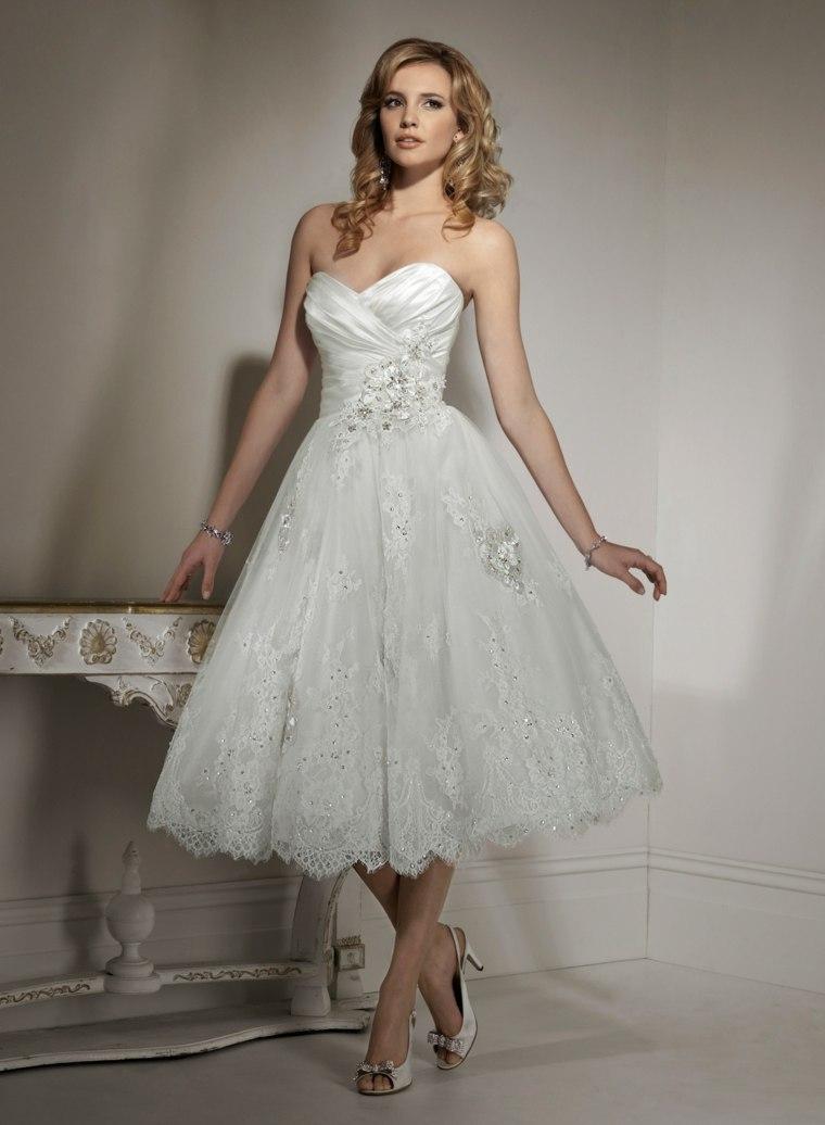 vestidos para novia modernos blancos