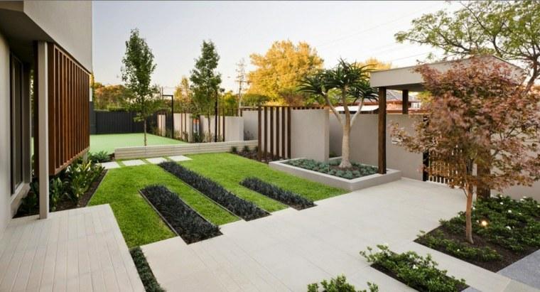 casa-jardin-escalones-ideas-separadores-salones-cuadros