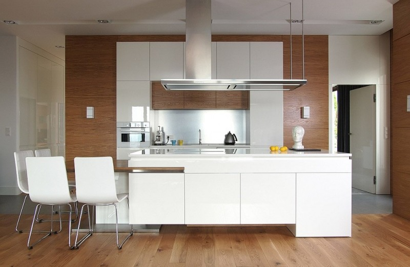 cocina-combinacion-blanco-madera-moderna