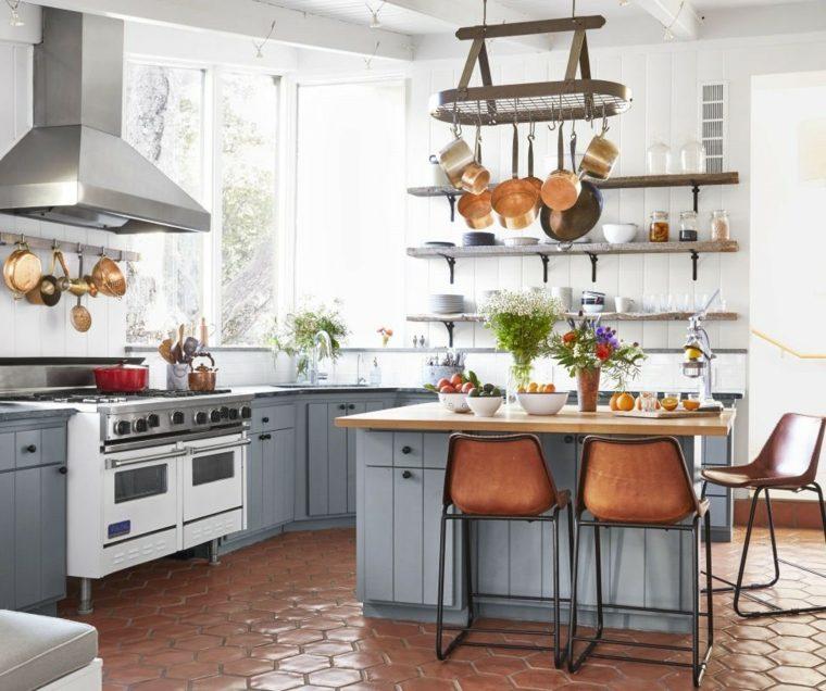 Cocinas con isla m s de 45 espacios elegantes y pr cticos for Cocinas de campo