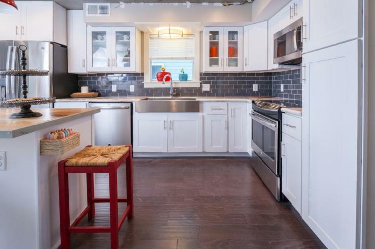 cocinas rusticas diseños fibras naturales rojos