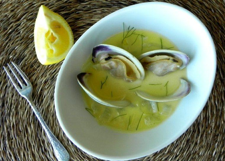 como hacer almejas limones