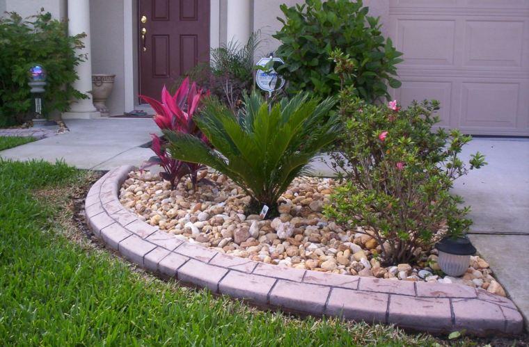 Como hacer un jard n con piedras rocas y plantas - Como decorar jardines con piedras ...