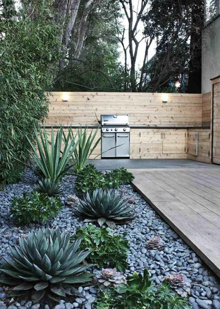 Como hacer un jard n con piedras rocas y plantas - Como decorar un jardin con plantas y flores ...