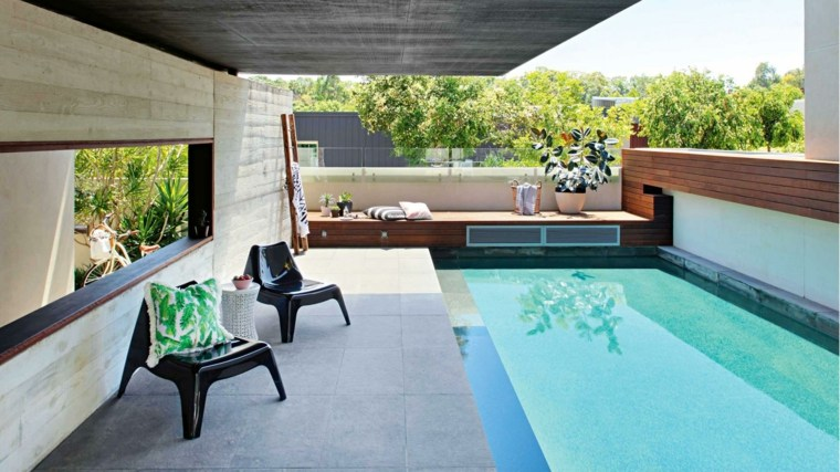 decoración de jardines con piscina espacio pequeno diseno ideas