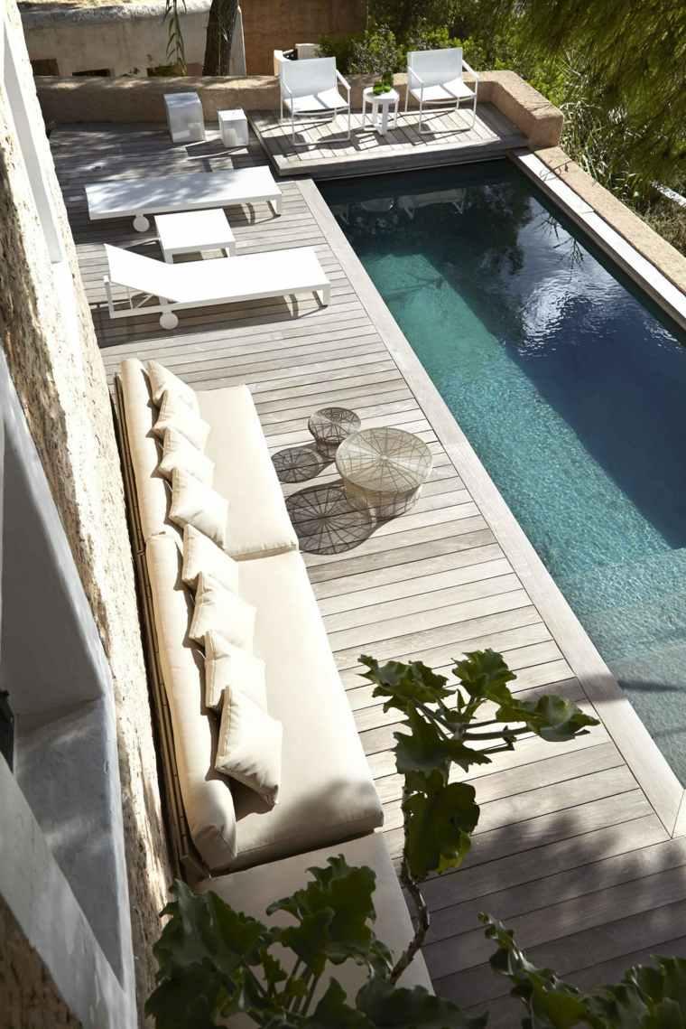 decoración de jardines con piscina estrecho muebles blancos ideas
