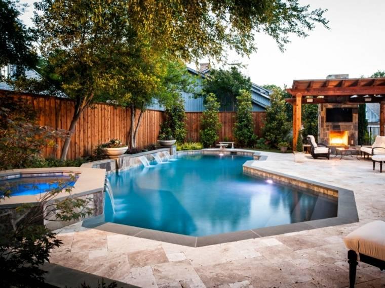 decoración de jardines con piscina forma chimenea estilo ideas