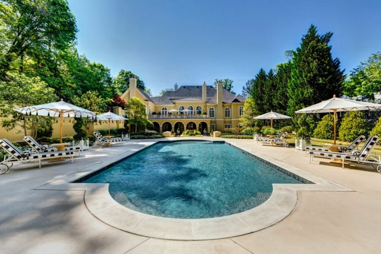 decoración de jardines con piscina residencia lujosa ideas