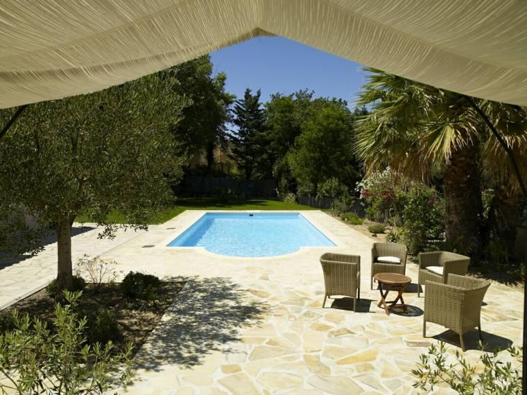 decoración de jardines con piscina suelo piedra ideas