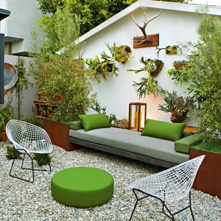Small Garden Ideas To Revitalise Your Outdoor Space: Decoración De Jardines Pequeños Y Patios Traseros