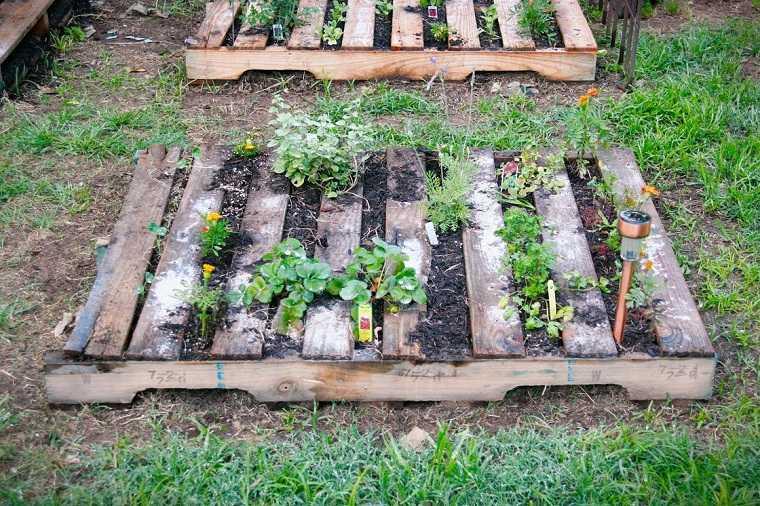 decorar-jardin-macetas-ideas