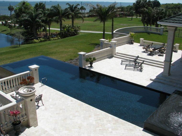 diseno contemporaneo piscina infinita jardin amplio ideas