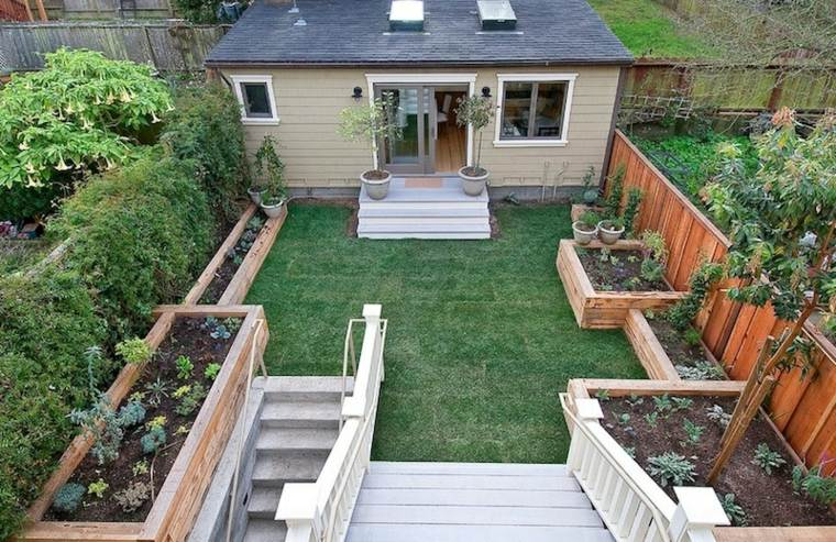 Decoraci n de jardines peque os y patios traseros for Decoracion jardin pequeno reciclado