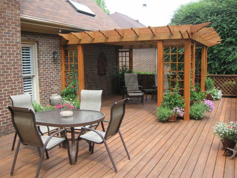enredaderas estilo tradicional columnnas exteriores porche