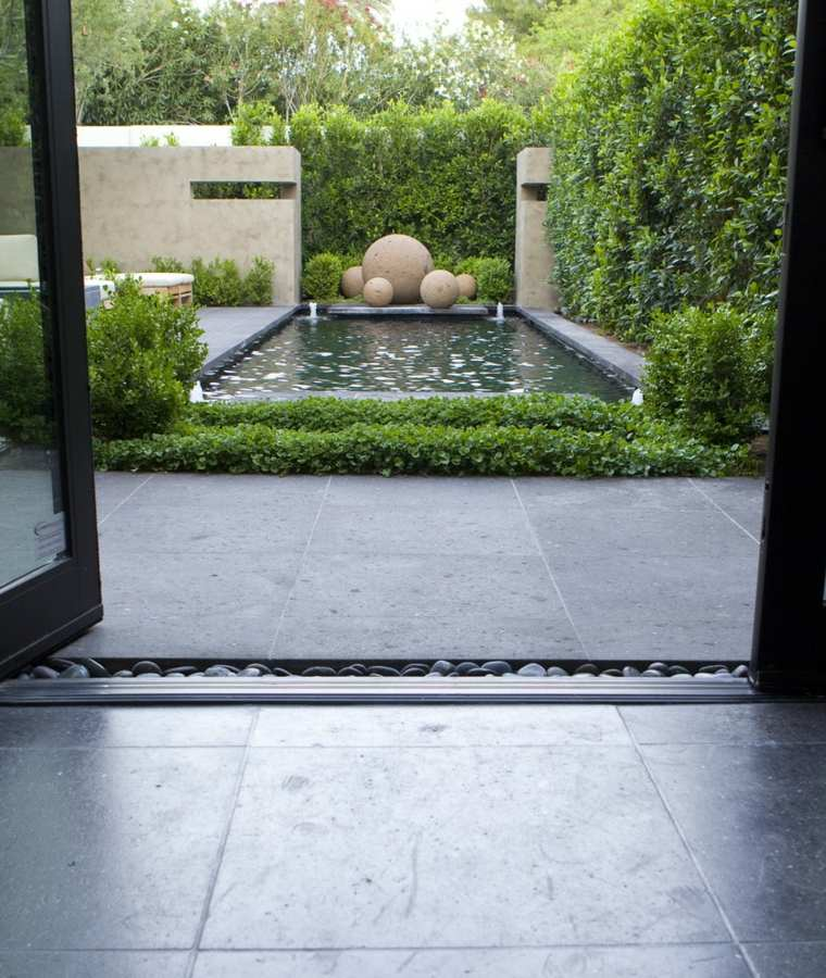 Fotos de jardines minimalistas que te encantar n for Jardines modernos minimalistas