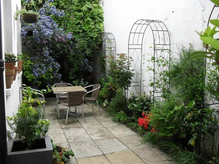 Fotos de jardines peque os con dise os llenos de vida for Jardines para espacios pequenos