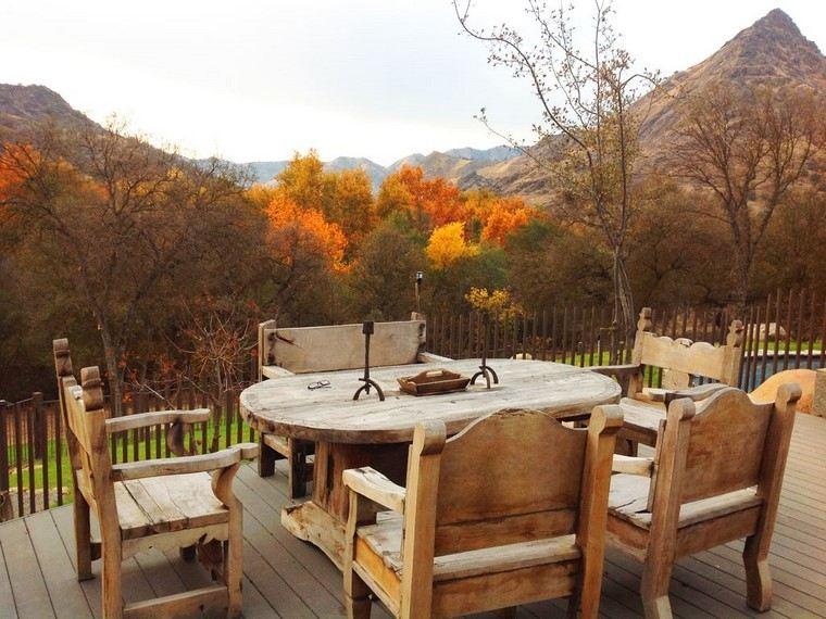 fotos de jardines rústicos-comedor-sillones-madera