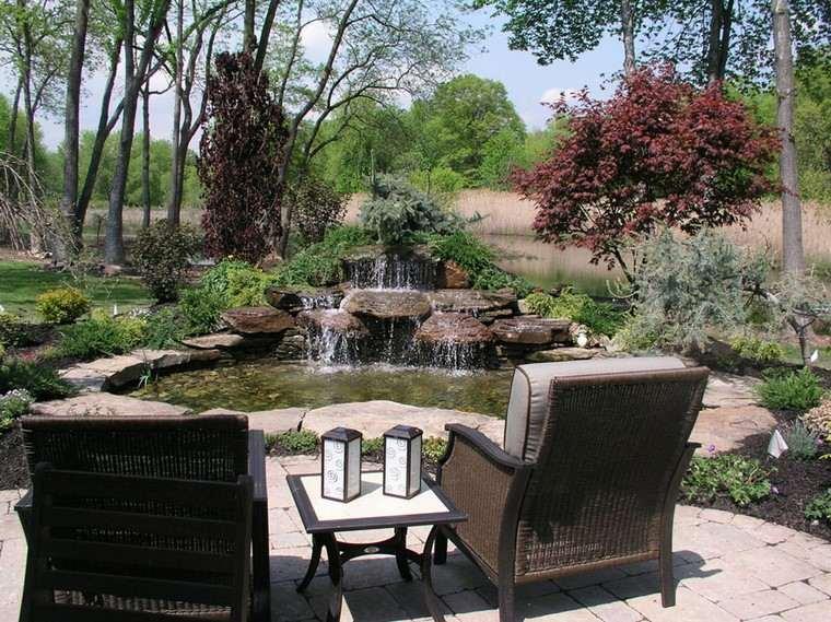 fotos de jardines rústicos-diseno-anade-agua