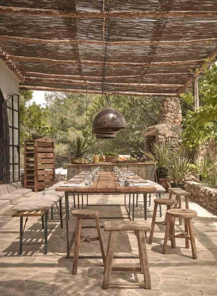 fotos de jardines rústicos-muebles-comedor-madera-estilo