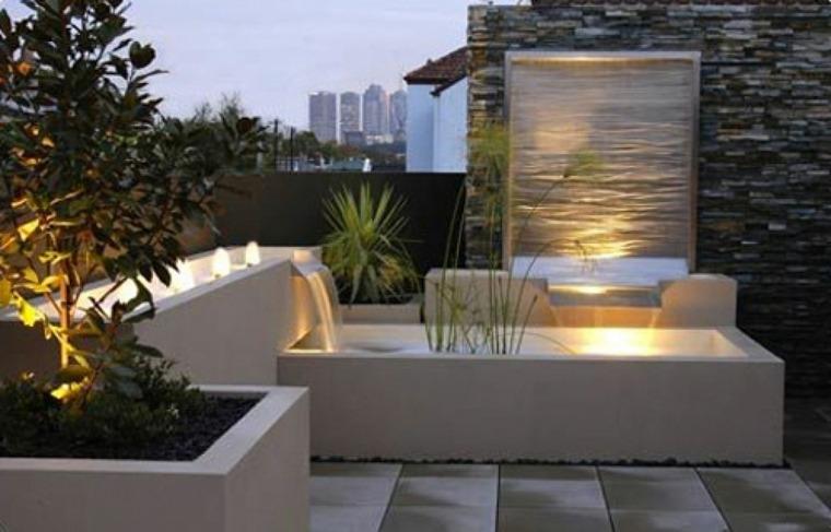 Fuentes de agua para jard n para la decoraci n de las casas for Fuentes de pared interior