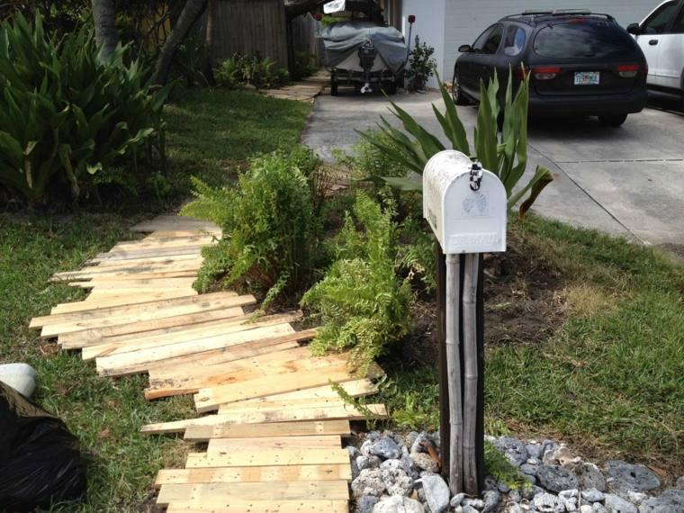 ideas-con-palets-senderos-plantas-jardines-palets-cartas