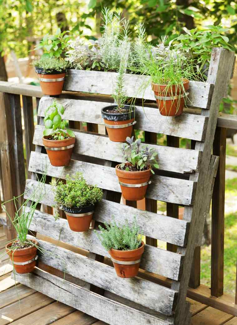 ideas con palets terrazas-macetas-originales-soporte