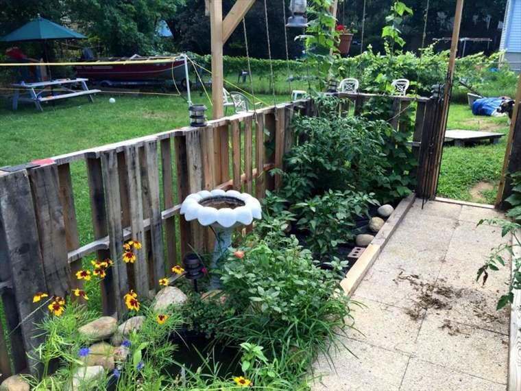 ideas-con-palets-valla-casa-patio-decorativo-sistemas