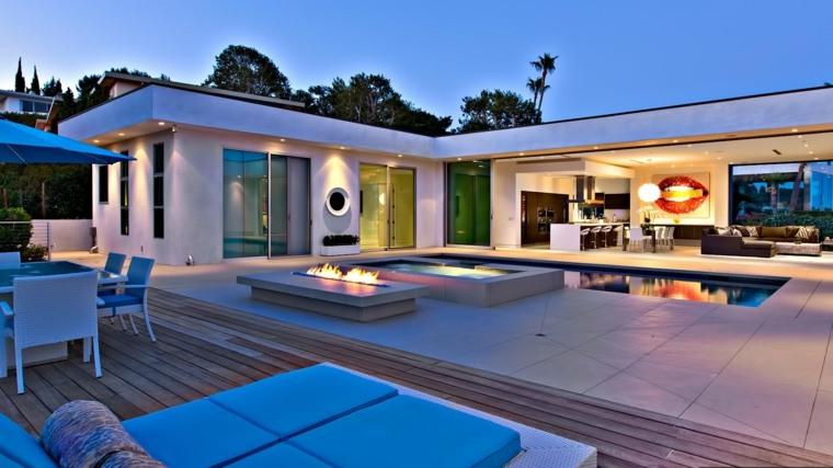 jardin amplio jacuzzi piscina pozo fuego ideas