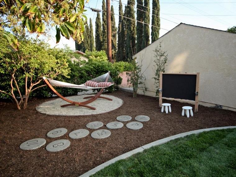 jardines-estilos-casas-pequenos-ideas-sillones