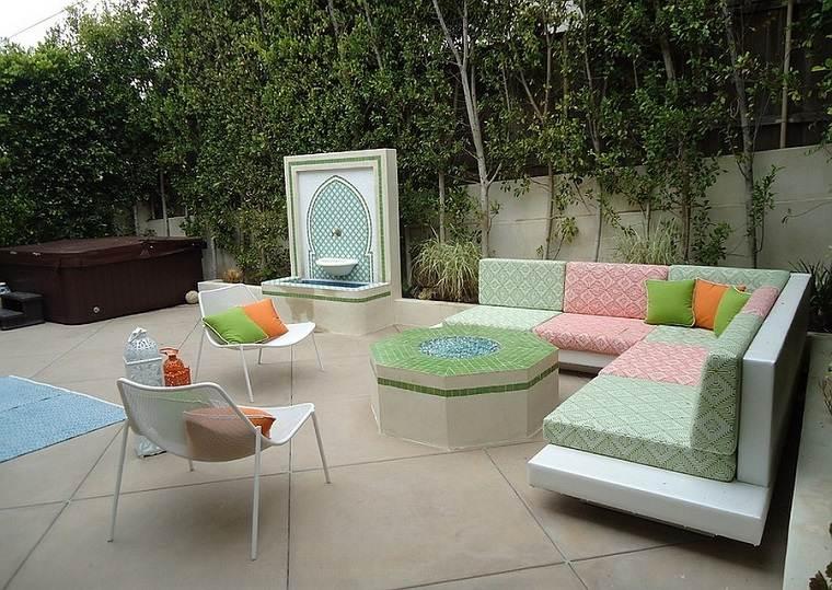 jardines mediterráneos-detalles-bonitos-coloridos-diseno