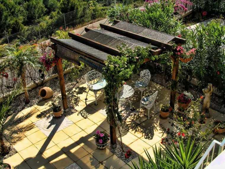 jardines mediterráneos-pergola-diseno-original