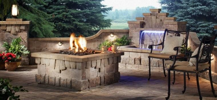 jardines mediterráneos-pozo-fuego-fuente-piedra
