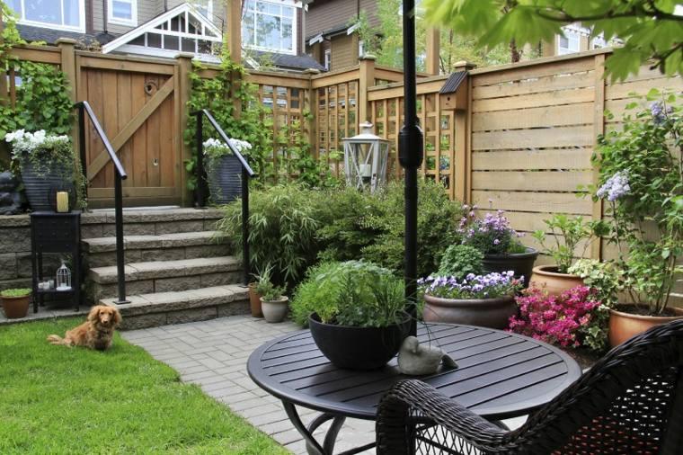 jardines-pequeños-ideas-detalles-lateral-maderas